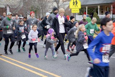 photographs from Ashenfelter 8K race 2016